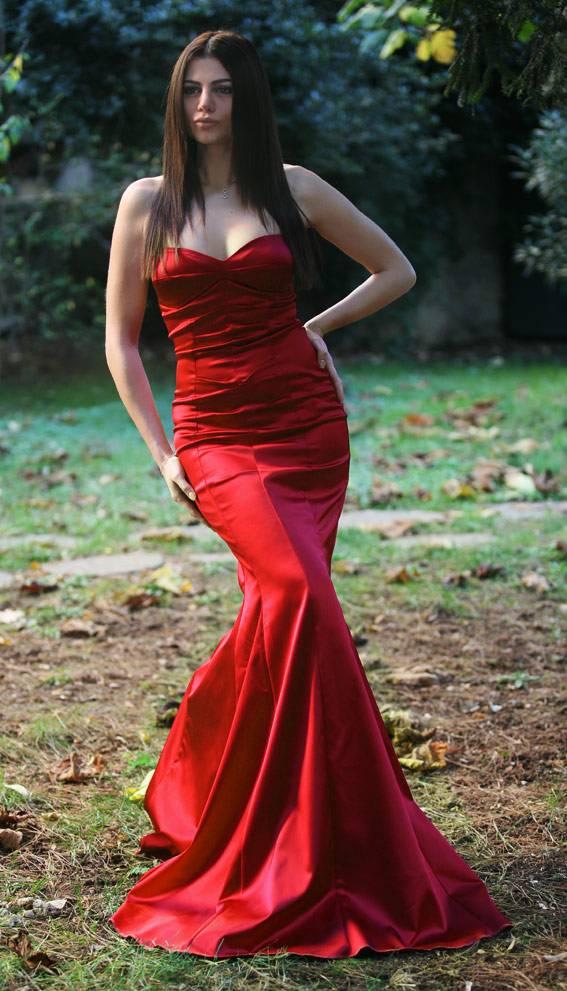 ateş kırmızı farklı balık elbise modeli