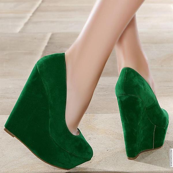 dolgu topuklu avı yeşil süet ayakkabı