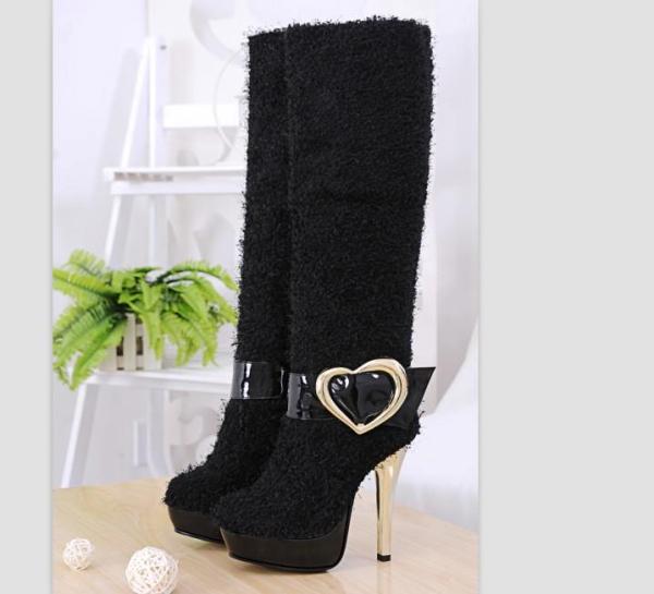 kumaş kalp tokalı siyah çizme