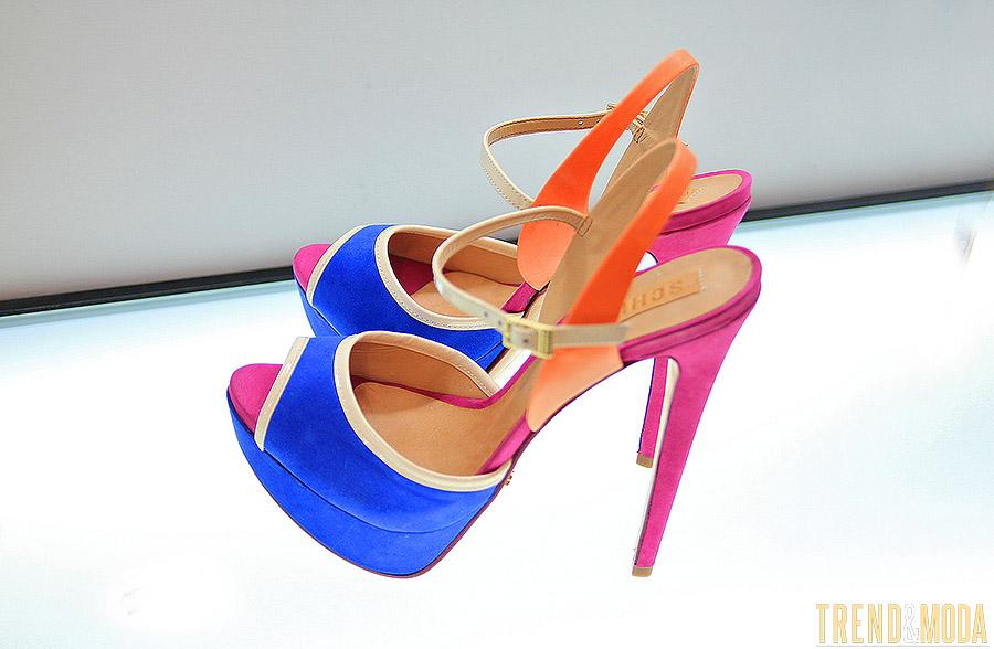 rengarenk ayakkabı modeli
