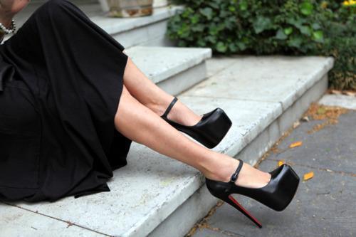 siyah deri ayakkabı modelleri