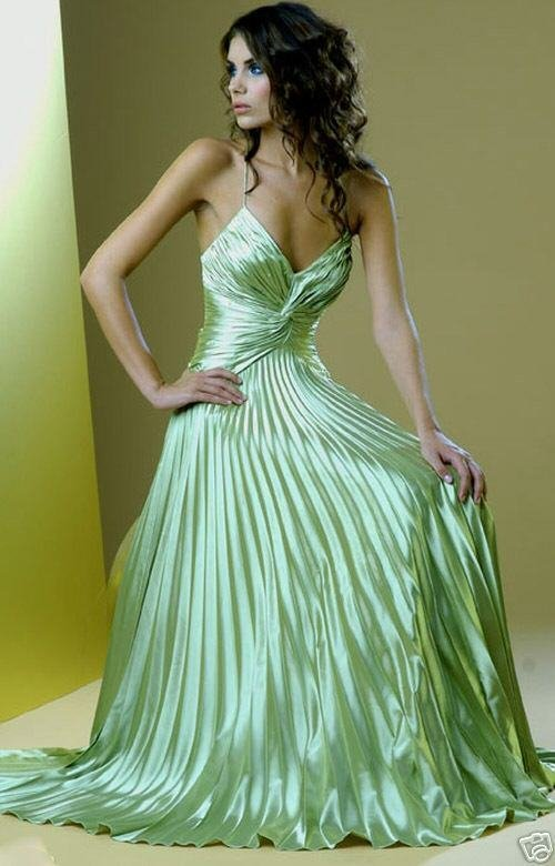 yeşil trend vakko abiye modelleri