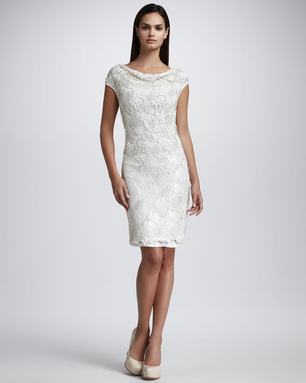 beyaz dantelli elbise modeli
