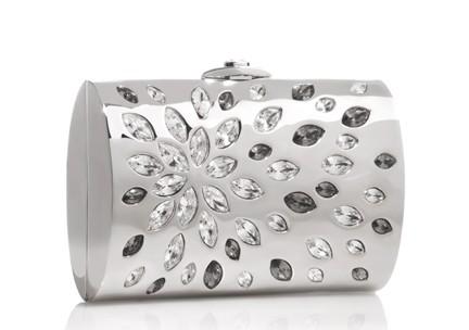 beyaz gömme taşlı gece çantası yeni