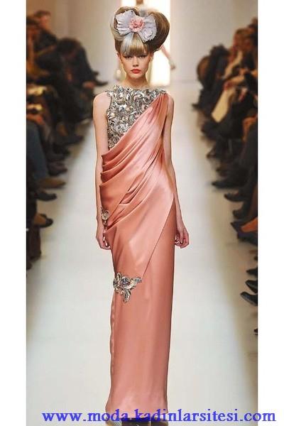 d05b06fd74f94 Bayan Son Moda Gece Kıyafeti Modelleri en şık güzel abiye elbiseler ...
