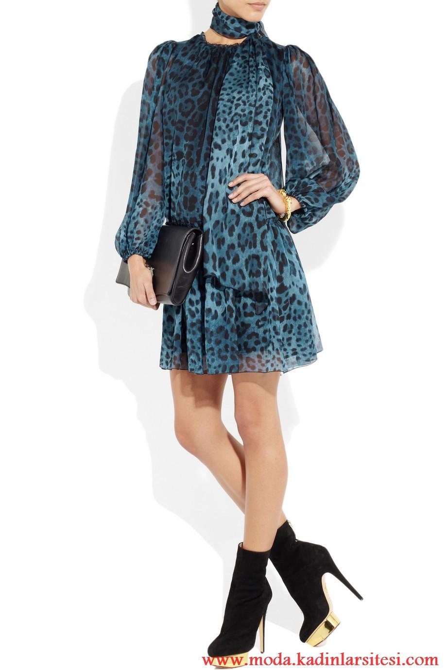 dolce & gabbana mavi leopar desenli elbise modeli