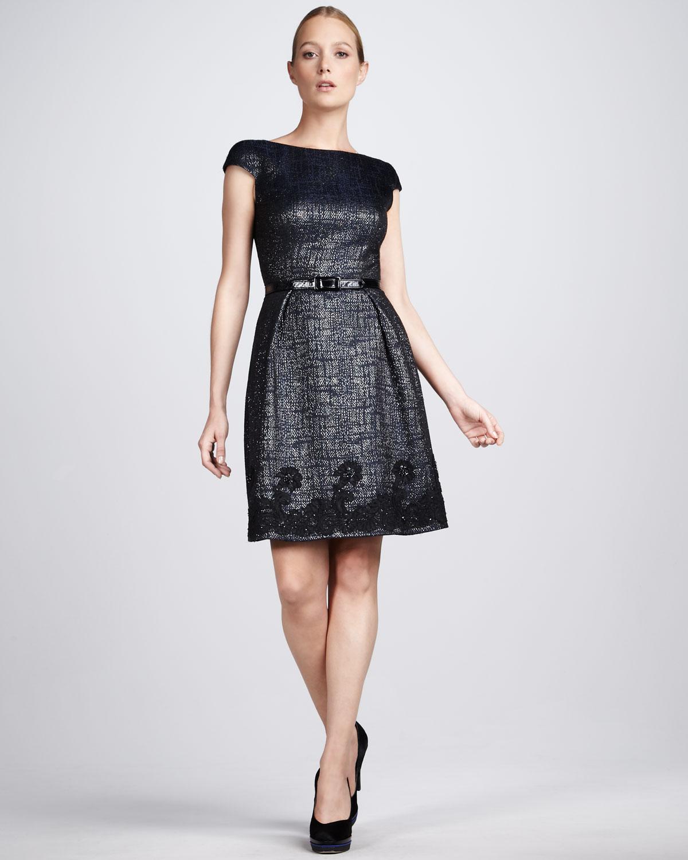 eflatun parlak elbise modeli