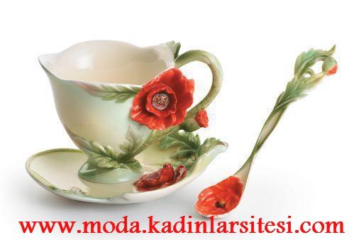 gelincik figürlü çay fincanı modeli