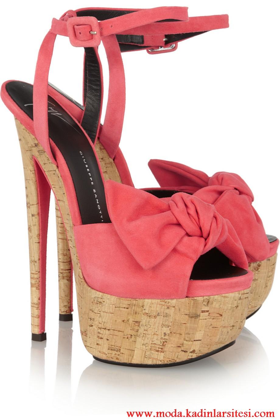 guiseppe zanotti pembe ayakkabı modeli