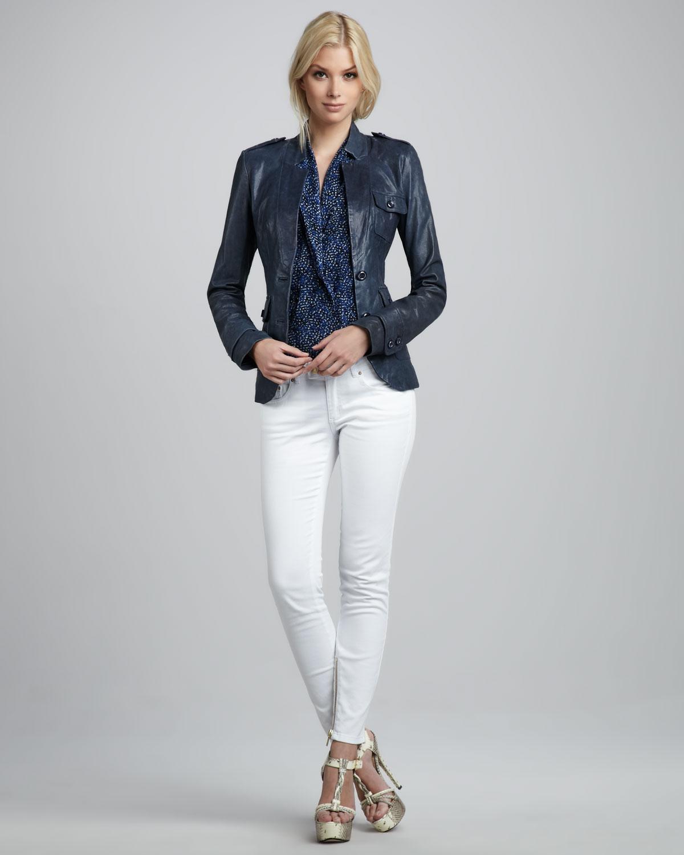 laci ceket beyaz pantolon takımı