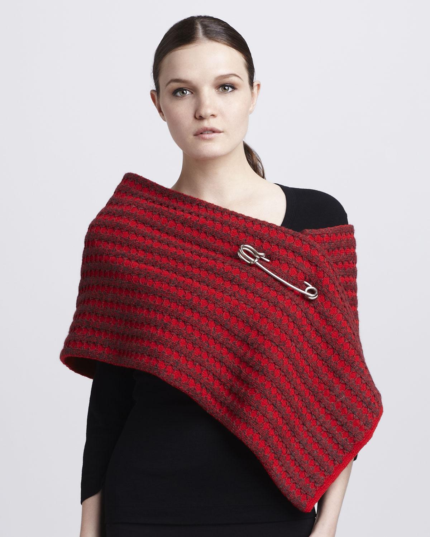 marc jacobs tasarım kırmızı şal modeli
