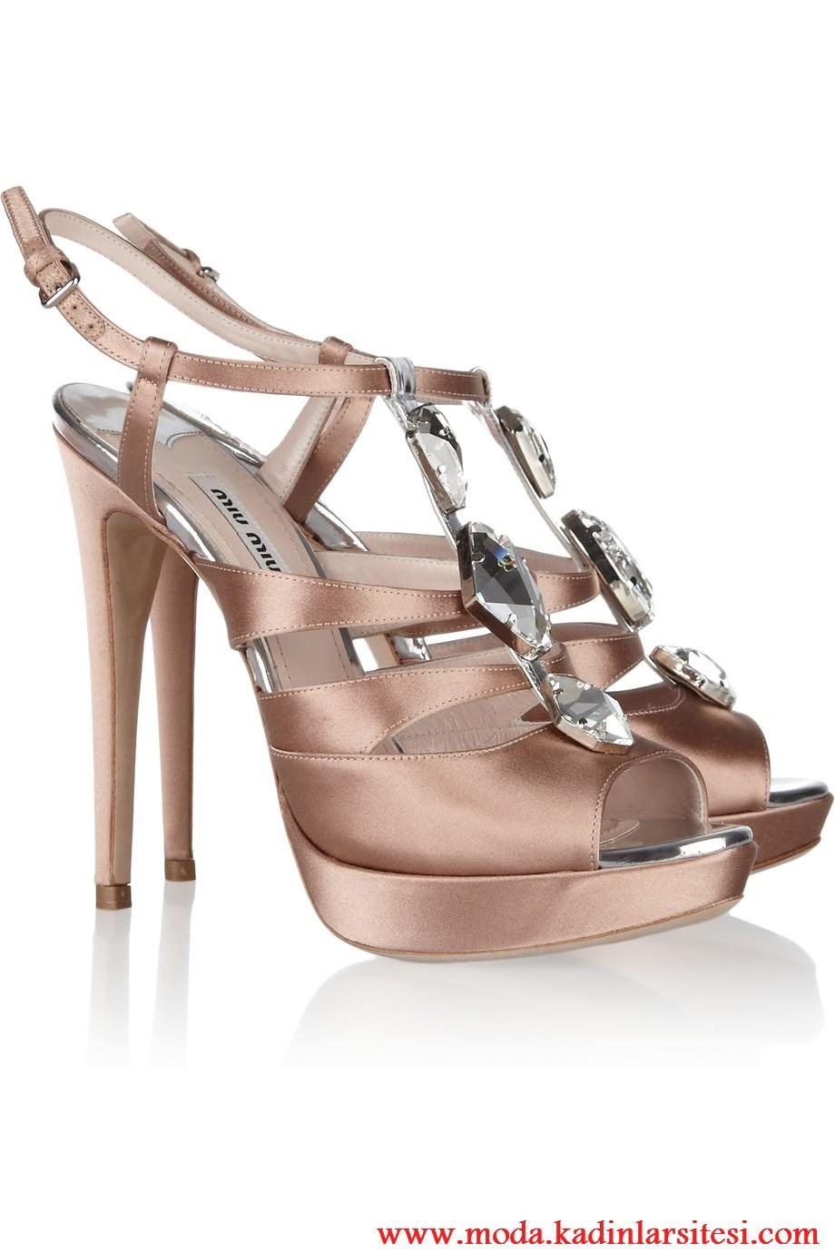 miu miu bronz ayakkabı modeli