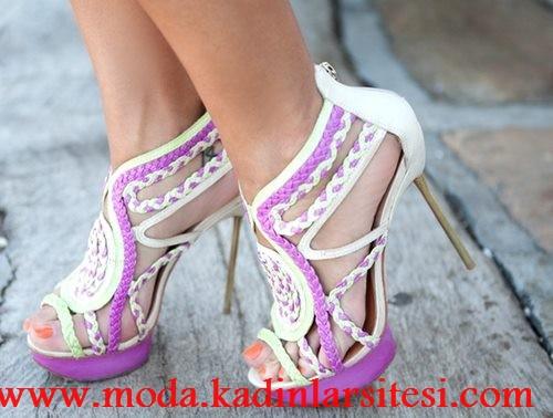 mor beyaz ayakkabı modeli