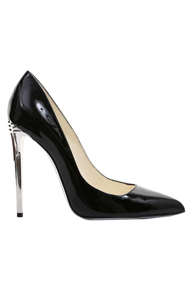 siyah metal topuk ayakkabı modeli