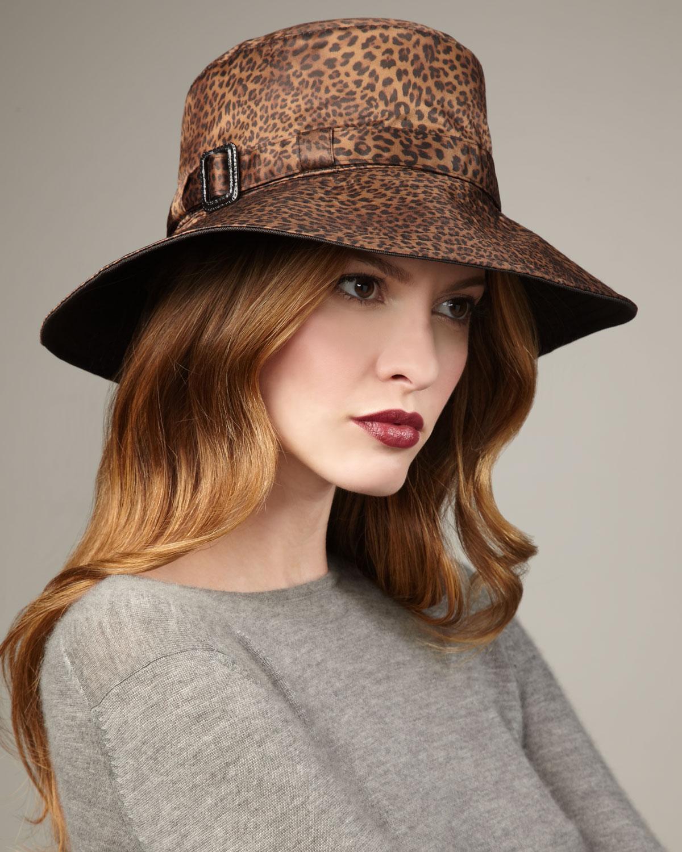 tasarım koyu leopar desenli şapka modeli