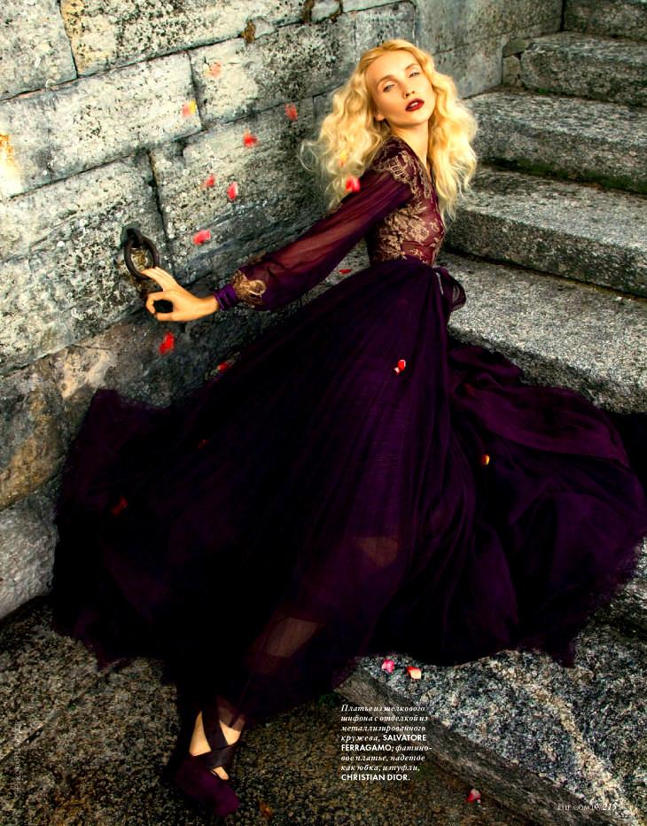 valentino mor elbise modeli