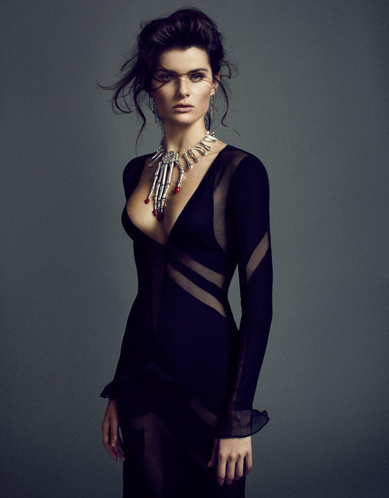valentino siyah transparan elbise modeli