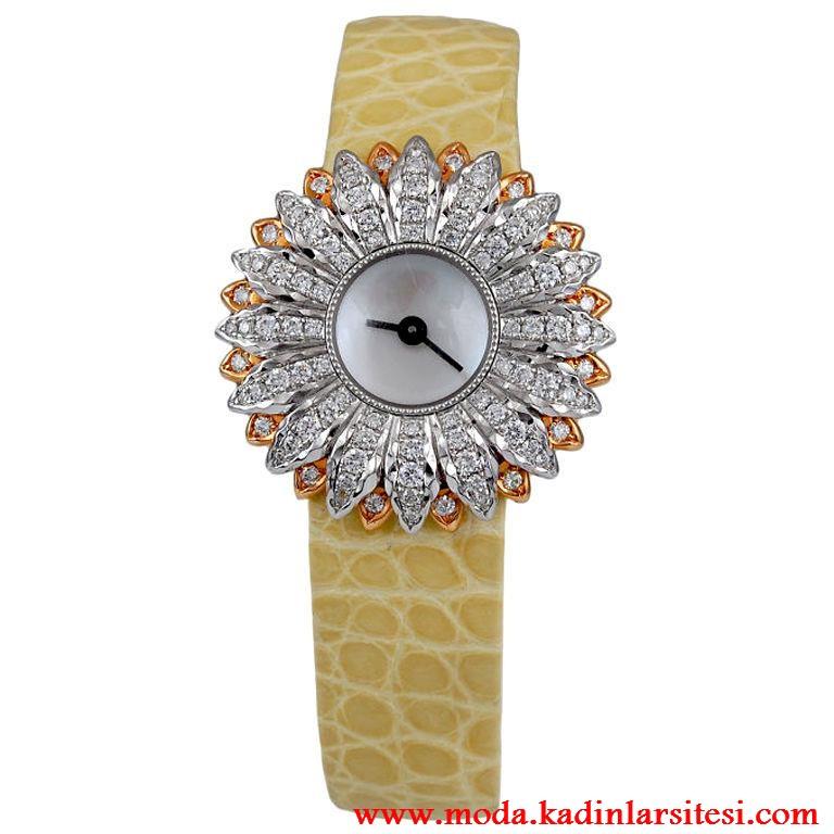 çiçekli saat modeli