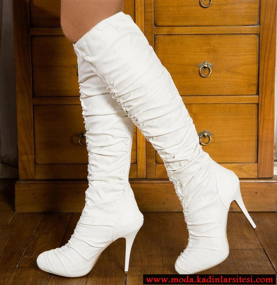 beyaz drapeli çizme modeli