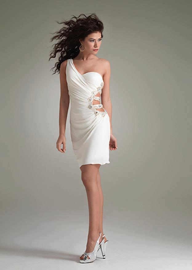 beyaz mini elbiseler tek omuz