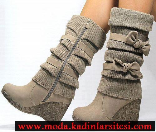 gri lastikli çizme modeli