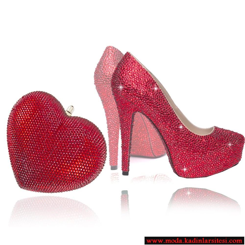kırmızı taşlı ayakkabı çanta modeli