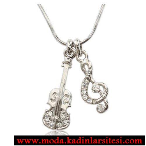 keman ve anahtar figürlü kolye ucu modeli