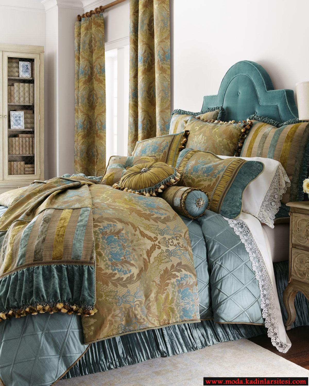 mavi bej yatak örtüsü modeli