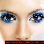 mavi sıra dışı göz makyajı modeli