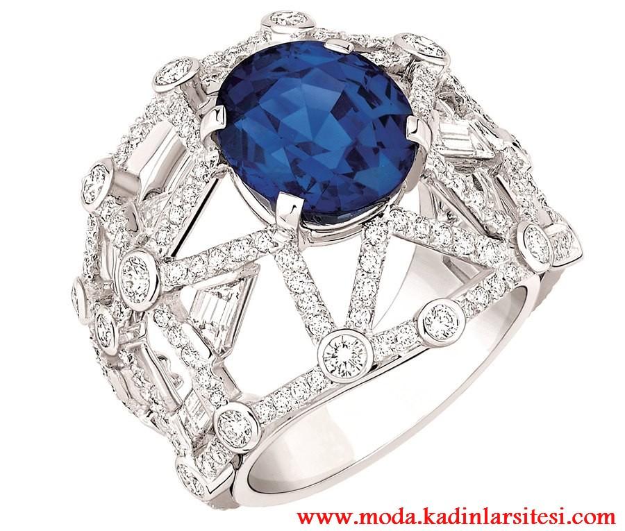 mavi taşlı geometrik yüzük modeli