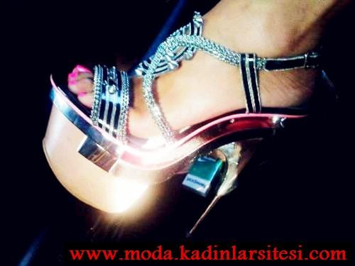 sıra dışı parlak stiletto modeli