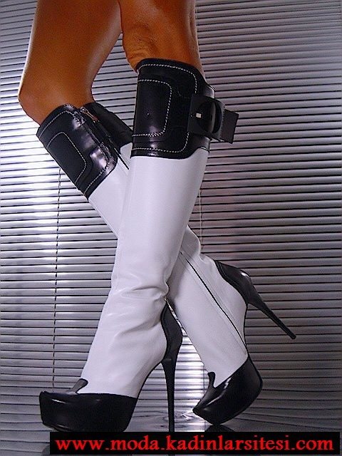 siyah beyaz çizme modeli