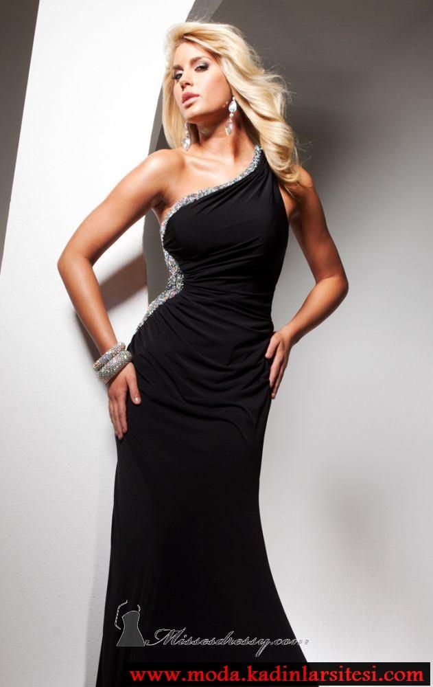 siyah drapeli abiye modeli