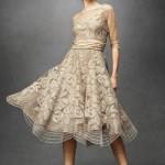 tül detaylı çiçekli elbise modeli