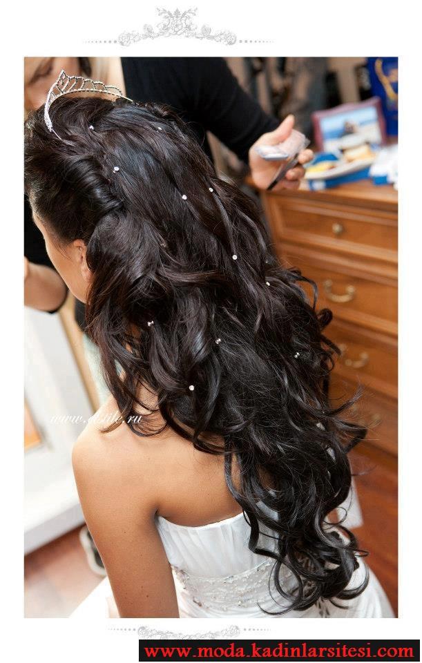 taşlı su dalgası saç modeli