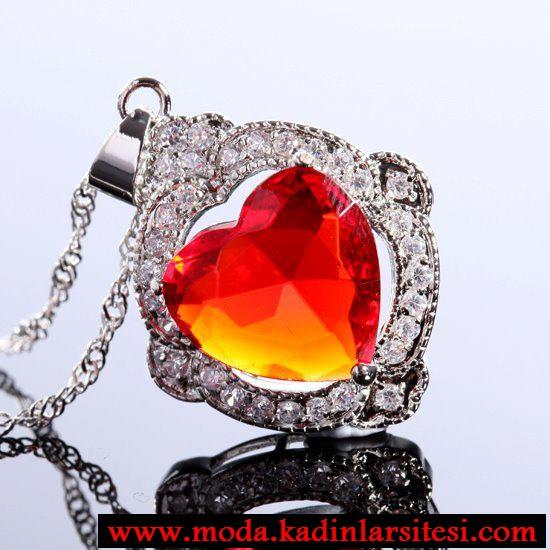 turuncu kalpli kolye ucu modeli