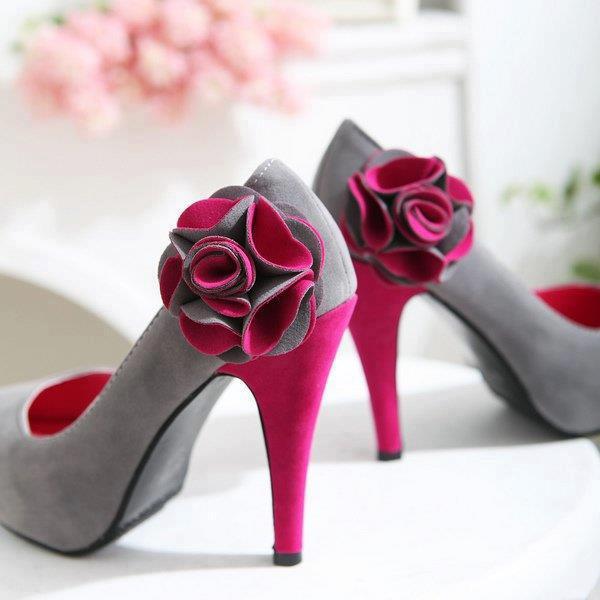 gri pembe ayakkabı modeli