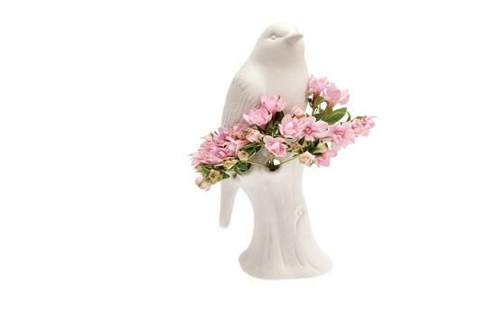 kuş figürlü tasarım vazo modeli