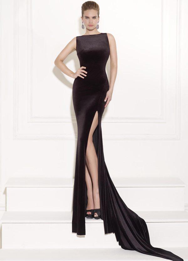 derin yırtmaçlı şık alımlı abiye elbise