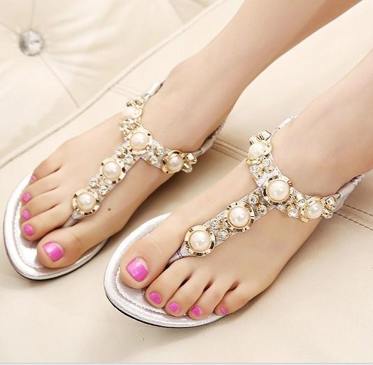 taşlı sandaletler